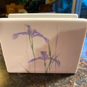 NIB Corelle Shadow Iris Napkin Holder